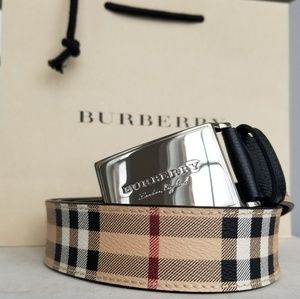 Burberry Check and Black Plaque Buckle Belt